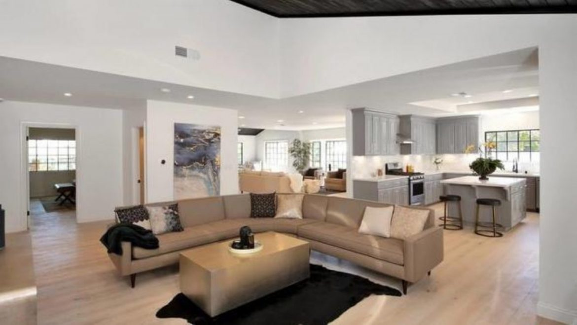 Jennifer Lopez and Alex Rodriguez Correct Bought a $1.four Million Dwelling in Encino