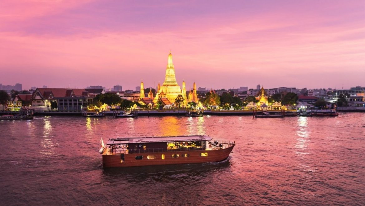 This Luxe (and Personal) Cruise in Bangkok Channels the Bygone Generation of River Commute