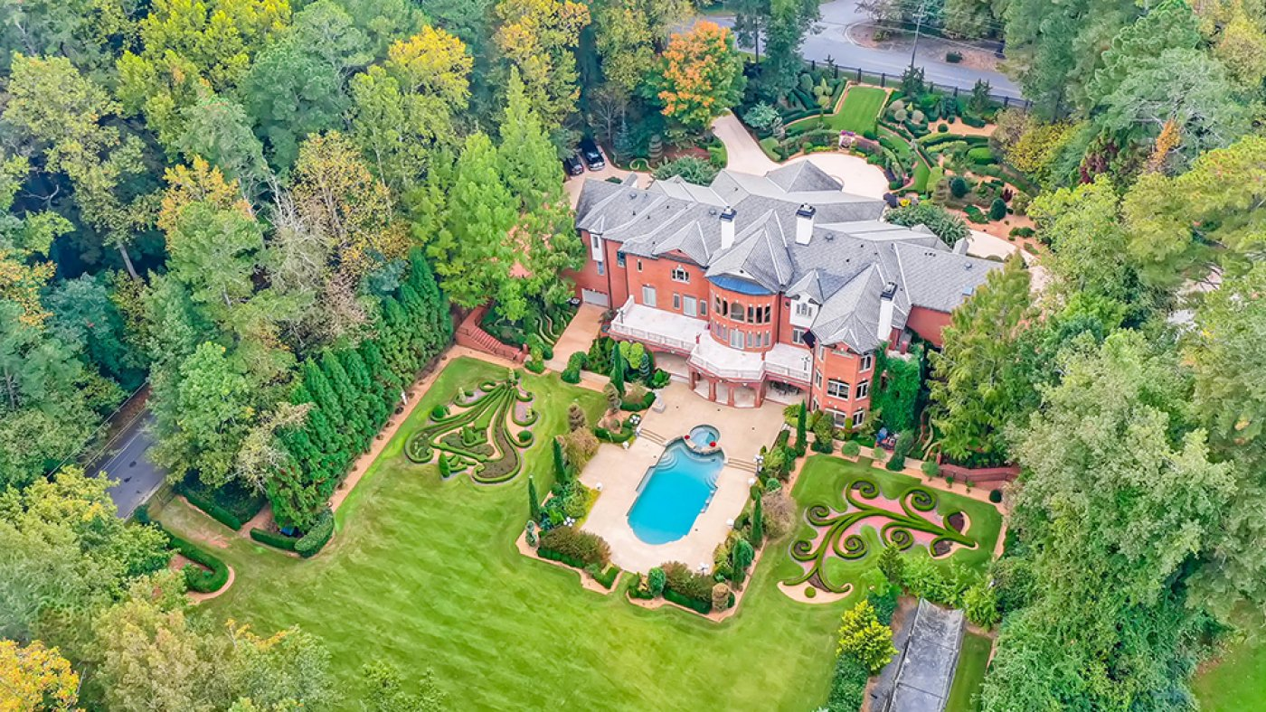 This $Four.5 Million Faux-French Chateau Attain Atlanta Is Take care of Having a Home at Euro Disney