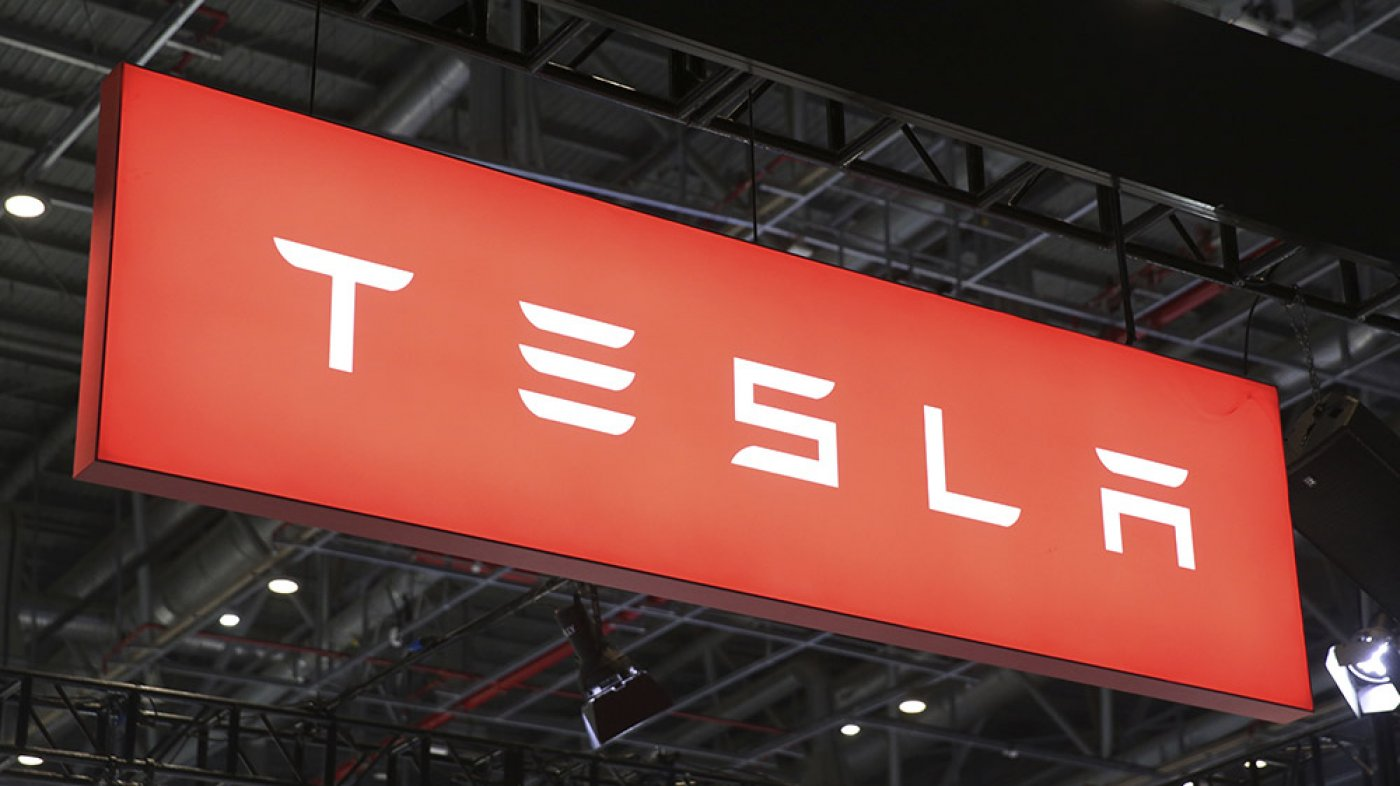 Now Value Over 1/2 a Trillion Greenbacks, Tesla's Stock Rose Over 500% This 365 days