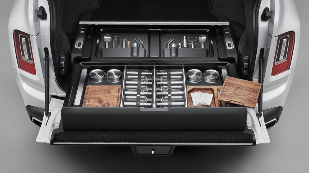 The Rolls-Royce Cullinan's Original Bespoke Storage Trunk Will Build an Real Fit for Your Well-liked Things