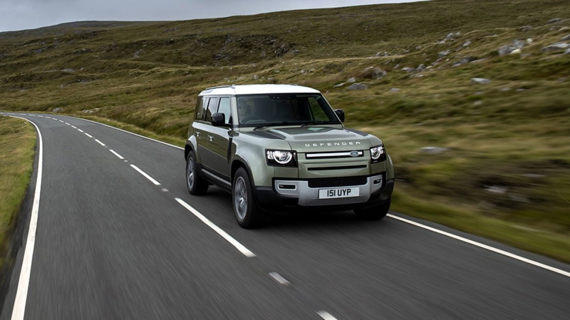 Land Rover's Hydrogen-Powered Defender Is About to Originate Avenue Assessments