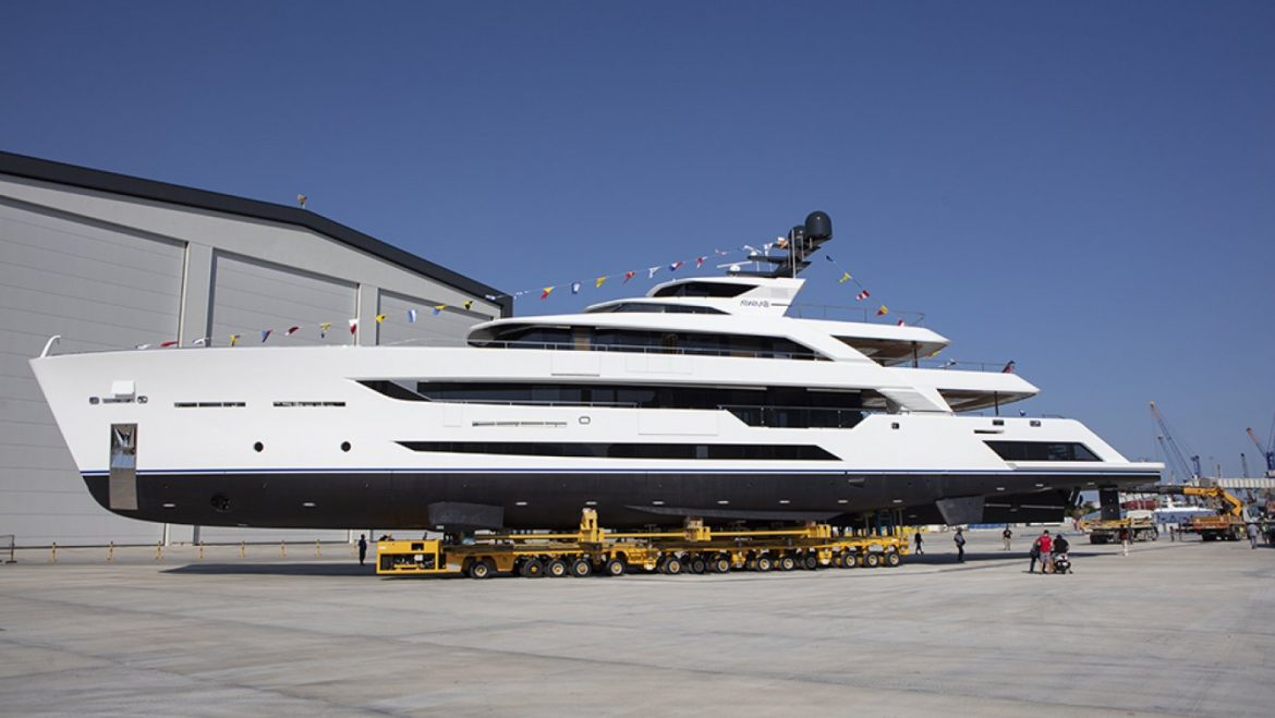 This Graceful Current 180-Foot Superyacht Is Longest Metal and Aluminum Vessel in Its Class